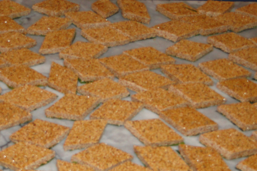 Homemade pasteli